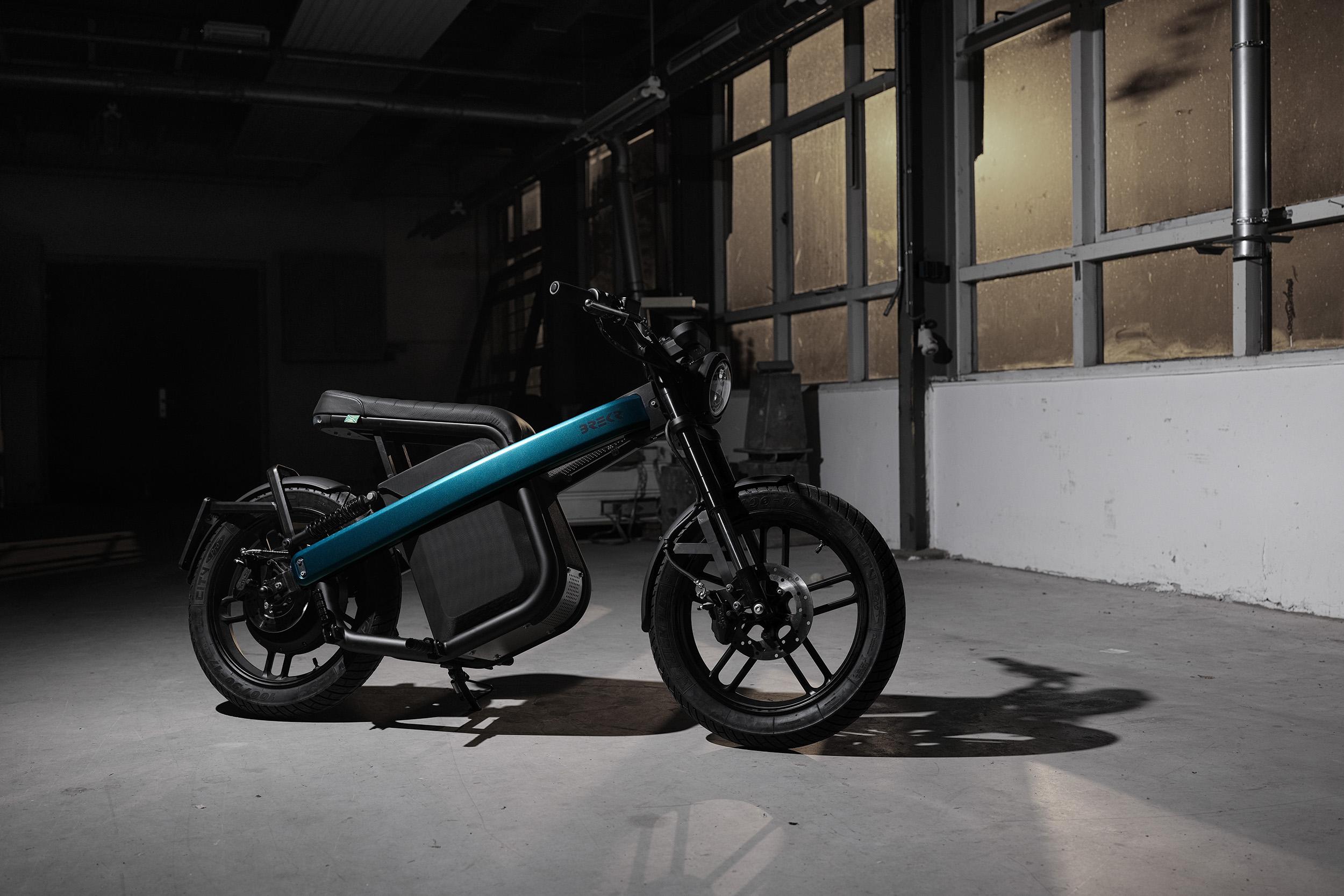 Elektrisches Moped der Firma Brekr